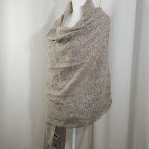 NEW Solid woven scarf.